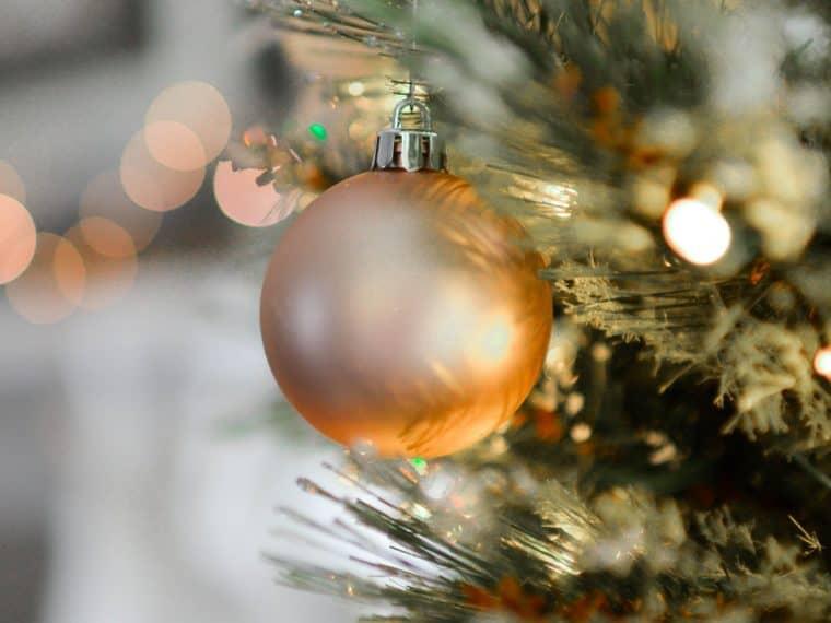 simple christmas holiday