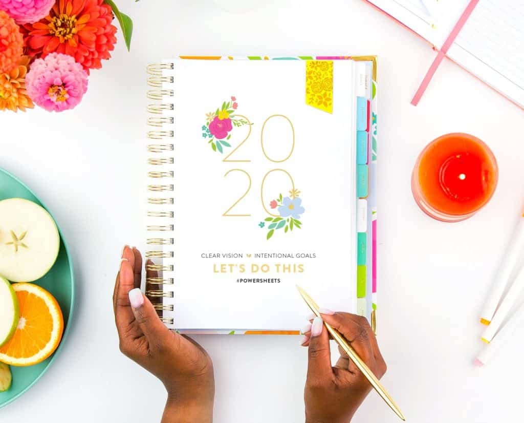 writing goals in goal setting planner